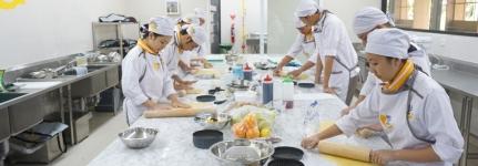 bake school